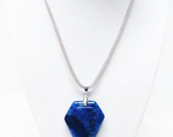 Beautiful Blue 56x40mm Agate Stone Pendant Necklace