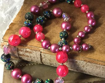 Eclectic Mix Bright Pink Black Colour Dusted Bead Necklace Unsigned Single Strand 1950's 1960's Seed Beads Lucite Glass Beads