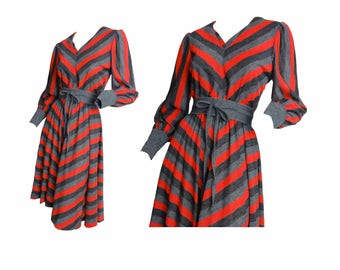Vintage 70s Dress Belted Disco Dance Gray Red Black Diagonal Striped Dress Stretch Knit Pullover