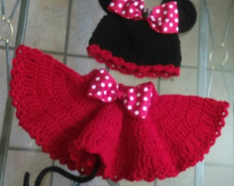 Crochet Minnie Mouse set, adorable for pictures.