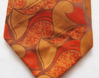 Vintage 1970s Wide Necktie Gold Brown Burnt Orange