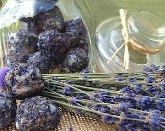 Lavender bath bon bon