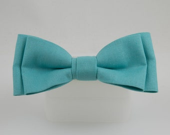 Turquoise Clip on Bow Tie Linen Handmade from Vintage Fabric Bowtie Clip Bow tie Wedding Party