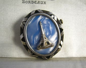 La tour Eiffel Paris Eiffel tower Silver Plated oval Vintage retro brooch Brooch /