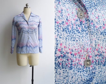 Vintage 70's 'Tulip Fields' Blue Floral Polyester Knit Collared Blouse XS or S