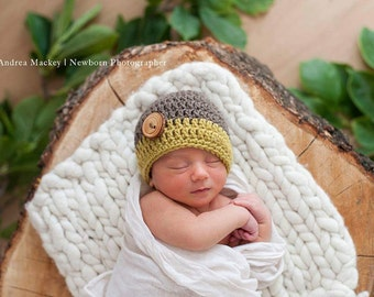 Newborn Boys Beanie / Boys Photography Props / Newborn Beanie with Wooden Button / Baby Boys Beanie with Wood Button / Wood Button Beanies