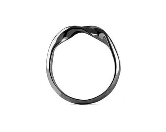 Ring DNA in Sterling Silver with Black Rhodium Plated