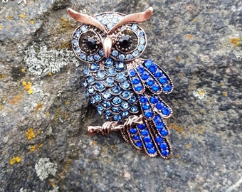 Owl needle minder for cross stitching/embroidery