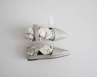 pale grey leather sandals   platform sandals 7.5   grey leather flats 7.5