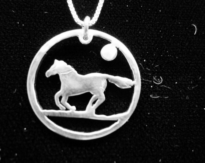 horse quarter size with   sterling silver box chain
