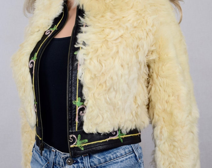 Vintage 1970's Women's Yaqub Shearling Shaggy Fur Embroidered Leather Rock Star Hippie Boho Jacket Size S