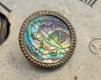 Vintage Button Carved Abalone Pearl Set in Brass