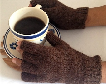 Alpaca gloves - Alpaca mittens in brown Andean Alpaca wool Made in Chile