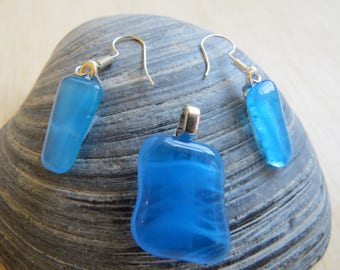 0178 - Whispy Blue Fused Glass Pendant and Earring Set
