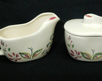 Rare 1950s Red Wing Caprice Pattern Cream and Sugar Set Sugar Bowl Lid Fancy Free Shape Pinched Look Signed Mint Ref 19342