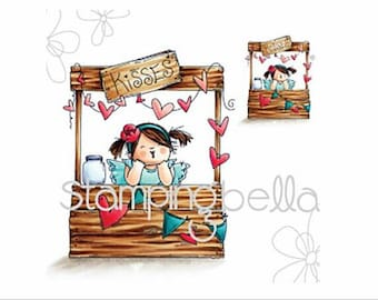 Stamping Bella ~ Kissing Booth Squidgy ~ Rubber Cling Stamp