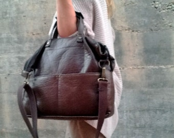 PADDED LAPTOP BAG- Messenger leather bag- Briefcase - urban style- business leather bag