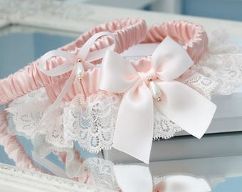 blush pink lace garter set with rose gold, rose gold garter set, blush pink garter set, blush pink wedding garter set, plus size garter set
