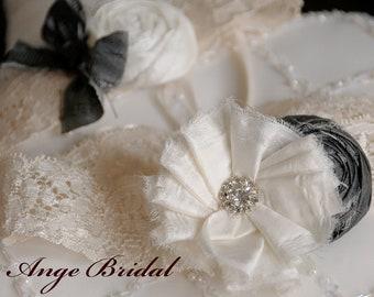 ON SALE/Wedding Garter Set in Charcoal and Ivory / Silk/ Vintage garters / Lace garters/ Bridal garter/ Ivory garter