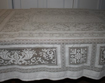 Beige Green Lace Like Tablecloth