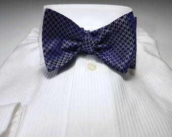 Self tie bow tie - Light pink tonal chevron pattern Notch BpTUHygrt6