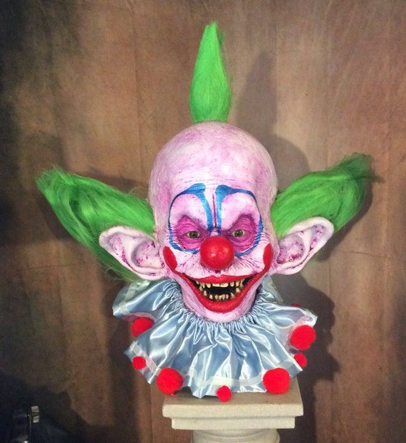 Killer klowns from outer space shorty clown wall plaque for Space clowns