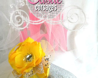Yellow Prom Corsage, Wedding Corsage, Wrist Corsage, Silk Corsage, Bridesmaids Accessories, Women's Groups