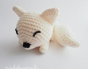 White sleeping Fox 15cm 100% Merino Wool - Amigurumi handmade