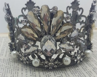 Amber Jeweled Decorative, Crown