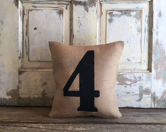 Burlap Pillow - Number Pillow | Personalized pillow | Kids pillow | Baby Month Growth pillow | Milestone pillow