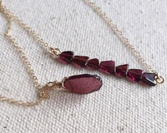 Petite Garnet Slab Necklace - Delicate Gemstone Necklace - Garnet Slice Necklace - Minimal Gemstone - Simple Raw Gemstone - Garnet Necklace