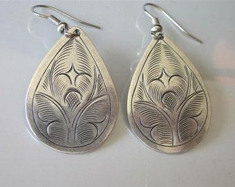 Silver Etched Earrings, Thai Hill Tribe, Silver Teardrop, Hill Tribe Jewelry, Metal Dangle, Drop Earrings, Womans Earring Gift