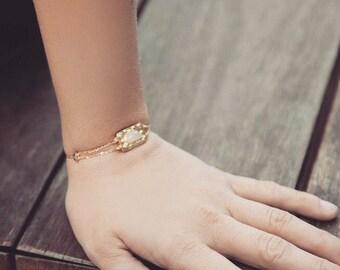 Gold Chain Bracelet, Pink Chalcedony Bracelet, Bolo bracelet, Gold filled Bracelet, Mom gift, Dainty fashion bracelet, Adjustable bracelet