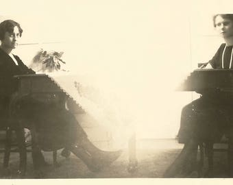 "Vintage Snapshot ""Sunny Day"" Lace Tablecloth Table Women Found Vernacular Photo"