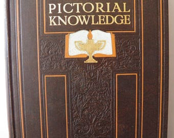 Newnes Pictorial Knowledge 1934 Vol 8 general knowledge and dictionary