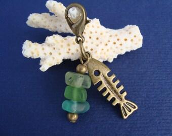 Sea Glass Purse charm-Boho Bag charm-zipper Pull-Fishbone Sea glass Zip charm-Genuine sea glass-Handmade