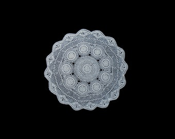 Vintage handmade crocheted centerpiece doily -- white traditional doily with flowers and scalloped edge --  15 inches / 38 cm
