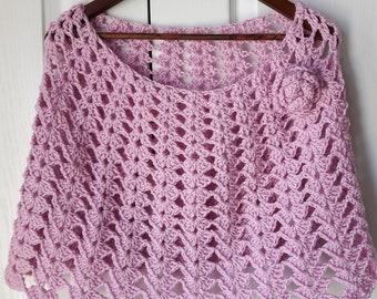 Crochet poncho, cape, capelet