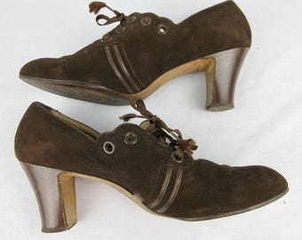 Vintage 1930s Cocoa Suede Shoes, Lace Up
