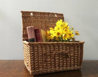 French Basket / Flat Top Lidded Basket / Square Basket / Storage Basket / French Country Decor / Display Basket