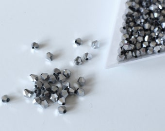 30 faceted bicones bicones 4 mm silver beads