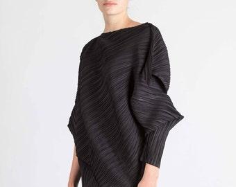 PLEATS - ZERO - textile body adornment