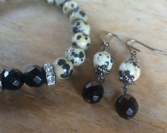 Dalmation stone, jasper, gemstone bracelet set, yoga bracelet with black jade beads and matching earrings