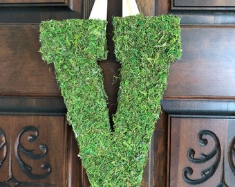 Moss Covered Letter For Front Door. Moss letters. Gift idea for her. Mother's day gift. Moss letter wreath. Housewarming. Moss decor