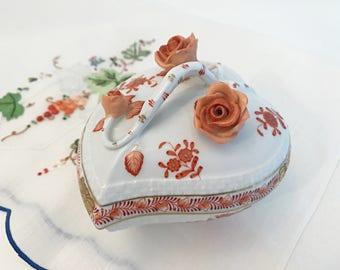 Herend Porcelain Trinket Box Heart Shaped Bonbon Box w/ Rust Roses
