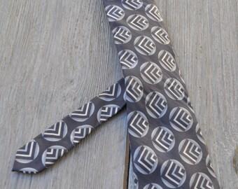 Cravate vintage CLAUDE MONTANA grise en soie 148x9,5