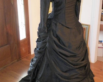 Victorian Dress, Steampunk Dress,Bustle Dress,Wedding Dress,Gothic,Mardi Gras,Venice,Ball Dress Reproduction Costume