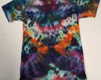 Funky Tie Dye Tall T-shirt size Large S493