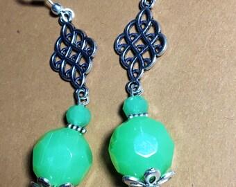 Dangle green earrings