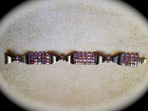 Beautiful pink rhinestone bracelet